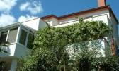Obiteljska kuća u najljepšem dijelu grada Krka, 360m2. Prekrasan pogled i blizina mora.