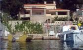 Vila na Korčuli, prvi red do mora / Island Korčula, Villa first row to the sea