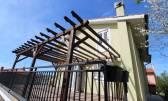 RIJEKA, TRSAT - samostojeća kuća s velikom okućnicom