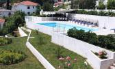 Ičići - ekskluzivna vila sa tri stana, bazenom, okućnicom