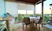 Krasan dvosoban stan s još ljepšim pogledom/grijani zimski vrt/garaža/102m2