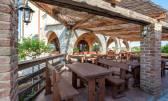 Odlično uhodan restoran sa 80 sjedećih mjesta i 12 dvokrevetnih soba za turizam u Skrbčićima