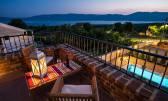 Linardići, kamena vila sa bazenom, saunom i predivnim pogledom na more i otok Cres!