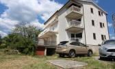 KASTAV, TRINAJSTIĆI- kuća sa 6 stambenih jedinica i velikom okućnicom