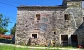 Istra, Grožnjan, dvije kamene kuće za adaptaciju