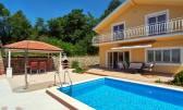 Grižane, samostojeća kuća sa bazenom