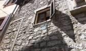 Istra, Bale, kamena kuća u nizu
