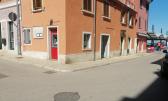 Rovinj,TOP LOKACIJA-TRŽNICA-RIVA,24m2prizemlje za kladionicu/suvenirnicu/zlatarnu/mjenjačnicu...