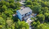 Jadranovo - Smokovo kuća sa velikom okućnicom