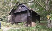 Ravna Gora-drvena brvnara sa 33.000 m2 šume!