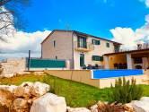 Prekrasna dvojna kuća nedaleko Poreča