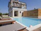 Einfamilienhaus/Wohnhaus Fažana, 360m2