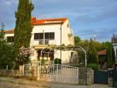 OTOK KRK, NJIVICE dvojna kuća sa tri apartmana
