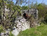 Brseč, zemljište s ostacima dviju ruševina