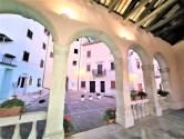 Istra,Oprtalj-Šarmantna autohtona kuća  na odličnoj lokaciji