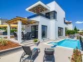 Istra, Ližnjan, moderna vila sa bazenom i pogledom na more