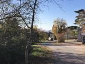 Istra, Labinci- Poljoprivredno zemljiste na granici za gradevinskim podrucjem
