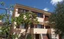 Pula, samostojeća kuća sa građevinskim zemljištem 200m2